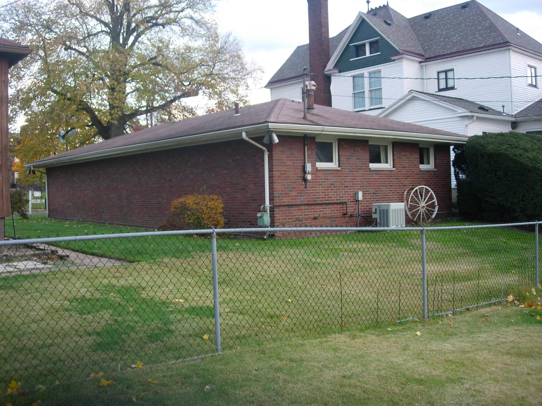 132 Fourth Street Ellwood City Pa 16117 R W Powell